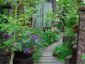 お庭への入り口