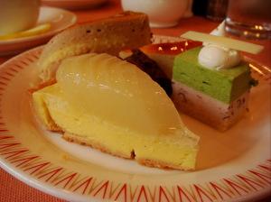 洋ナシのケーキetc‥