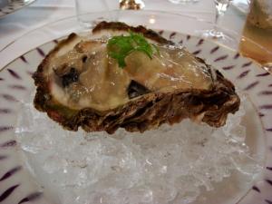 ミルキーなお味の牡蠣!